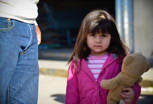 little-girl-and-bear